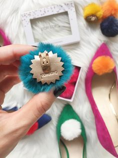Pombons faux fur Pom Pom shoe clips