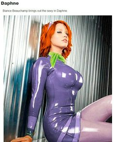 Daphne Blake From Scooby Doo Cosplay Is Unbelievably Hot Daphne Blake, Daphne From Scooby Doo, Daphne And Velma, Latex Cosplay, Cosplay Hair, Velma Sexy, Latex Girls, Latex Dress, Sexy Cartoons