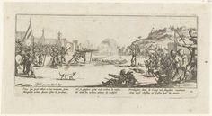 Jacques Callot   Strafmaatregelen: het vuurpeloton, Jacques Callot, Anonymous, Michel de Marolles, 1677 - 1690   Op een open plek in een legerkamp vlakbij een burcht kijken vele soldaten toe hoe een man, aan een paal gebonden, wordt doodgeschoten door een vuurpeloton. Op de grond naast de paal liggen reeds twee lijken. Onder de voorstelling een zesregelig Frans vers. Deze prent is onderdeel van een serie van 17 (18 incl. titelprent) prenten met voorstellingen van diverse soorten ellende die…