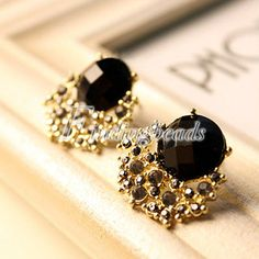 Retro Vintage Antique Bronze Big Black Rhinestone Stone Ear Stud Earrings
