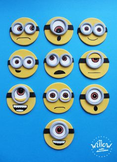 minion fondant cupcake toppers, minions cookies Fondant Cupcakes, Cookies Cupcake, Minion Cookies, Minion Cupcakes, Fondant Toppers, Fondant Minions, Minion Cupcake Toppers, Cake Topper Tutorial, Decorated Cookies