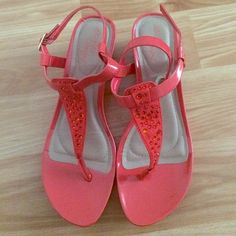 ORANGE HEELS SIZE 8 1/2 Only worn once no holes/tears/stains very comfy dexflex comfort Shoes Heels