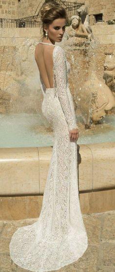 long#sleeved#wedding#dress