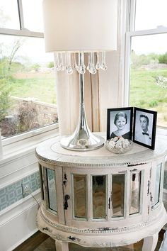 FABULOUS!!!  i LOVE this mirrored side table  @FourChairsFurniture