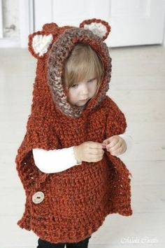 This is a crochet pattern for hooded fox poncho Max. The poncho is worked with basic stitches and super bulky yarn, seamed from the shoulders. Perfect for a little boy or girl to keep warm and look cute. Work it in gray yarn to make it into a Wolf poncho. Poncho Crochet, Crochet Stitches, Crochet Hooks, Crochet Fox, Bolero Crochet, Crochet Vests, Crochet Edgings, Cross Stitches, Crochet Motif