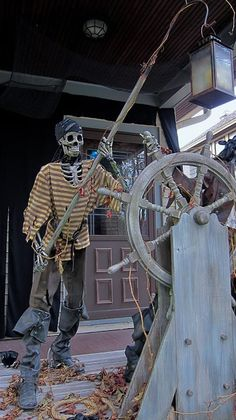Pirate Props To Make for the pirate party Pirate Halloween Party, Outdoor Halloween, Halloween Skeletons, Halloween 2017, Spooky Halloween, Holidays Halloween, Halloween Themes, Halloween Decorations, Decoration Pirate