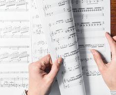 Musician Jokes - 12 Cringeworthy Music Puns — Musicnotes Now Easy Ukulele Songs, Ukulele Tabs, Reading Sheet Music, Piano Sheet Music, Violin Music, Violin Sheet, Music Theory Lessons, Piano Lessons, Circle Of Fifths