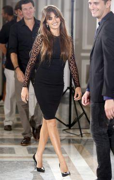 Penélope Cruz  'little black dress'