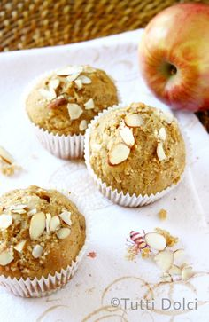 Almond Butter & Apple Muffins @Laura | Tutti Dolci
