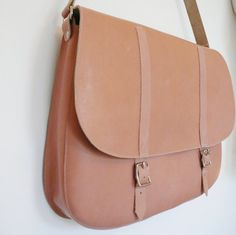 Natural Leather Shoulder Bag FREE UK SHIPPING by frenchenglish, $260,00