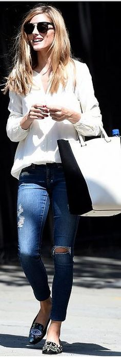 Who made Olivia Palermo's blue skinny jeans and black sunglasses? (OutfitID)