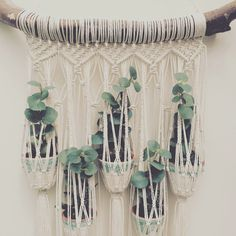 Image showing for Boho macrame plant hanger weaving tutorial - Trend Home Dekor Macrame Art, Macrame Projects, Tutorial Colar, Macrame Plant Holder, Deco Boheme, Macrame Curtain, Creation Deco, Deco Floral, Macrame Patterns