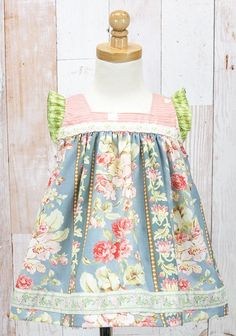 Sweet Florence Shabby Top (RV $48)