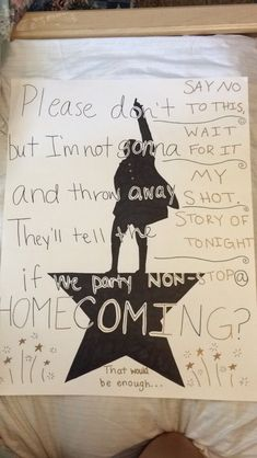 Hamilton homecoming proposal do this and I'm most likely going to say yes Formal Proposals, Cute Prom Proposals, Homecoming Proposal, Homecoming Ideas, Prom Pictures Couples, Prom Couples, Funny Pictures, The Beast, Indie Pop