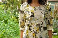 Grainline Studio Scout Woven Tee (in Liberty of London Tana Lawn Cotton in Mistral) with longer sleeves