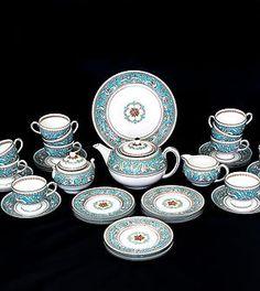 Fine Vintage 40-pc.Wedgwood Florentine Turquoise W2714 Tea Set for 12, c. 1950-1962