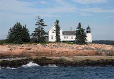 Winter Harbor Lighthouse, Maine at Lighthousefriends.com