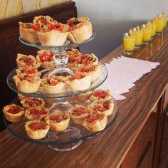 Empanadas argentinas en canasta /Bucaramanga