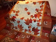 Made by TrolleyStation from the Quilting Board.  Gorgeous!