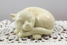 Vintage Netsuke Curio Cabinet Cat by FRANKLIN MINT, Marvelous Meow Decor White Cupboards, Elephant Head, Franklin Mint, Creamy White, Cut Glass, Paper Weights, I Shop, Posts, Ceramics