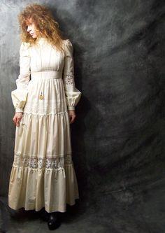 5c0bfab91a9 65 Best Jessica McClintock Gunne Sax - Vintage 70 s Dresses images ...