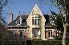 Art Nouveau - Maison 'La Hublotière' -  Route de Montesson - Le Vésinet - Hector Guimard - 1896 - Façade Rue