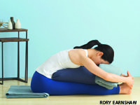 Reduce anxiety and panic attacks with these tension-taming yoga poses. Anxiety Panic Attacks, Yoga Shoulder, Generalized Anxiety Disorder, Basic Yoga, Yoga Journal, Iyengar Yoga, Fitness Activities, Asana, Yoga Poses