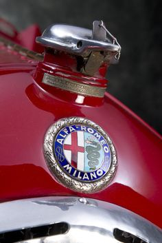 ALFA ROMEO P3 TIPO B 1934 2.9 litre models, the previous P3s displacing 2.6 litres. These were built in limited numbers and reputedly sold new only to Italian customers, so as to make them available to Enzo Ferrari's works Alfa Romeo team. It was...