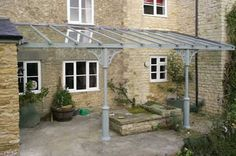 Quality bespoke Traditional Glass Verandas from Nationwide. Classic & Traditional Veranda styles to suit the more traditional property. Each Veranda is custom made from the highest quality materials. Patio Roof, Pergola Patio, Pergola Plans, Pergola Kits, Pergola Ideas, House With Porch, House Front, Gazebos, Building A Porch
