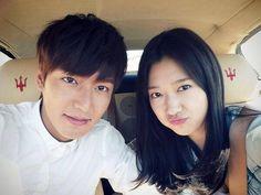 Park Shin Hye and Lee Min Ho take a cute couple selca on the set of 'Heirs' | allkpop
