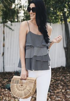 how to find the best pair of white denim | summer outfit ideas | white denim | what to pack for summer vacation | summer style ideas || Dressed to Kill #whitedenim #summeroutfit #packingtips