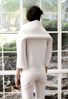 Soft structure fashion white