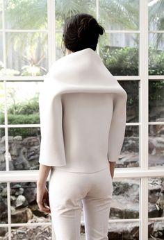 Soft structure fashion white