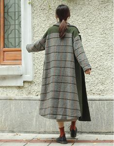 Fashion Green Quilted Long Woolen Coat Women Casual Outfits Trajes casuales - The best fashion types in the world fashionlife Casual Outfits, Fashion Outfits, Womens Fashion, Fashion Trends, Mode Outfits, Moda Kimono, Coats For Women, Clothes For Women, Long Wool Coat