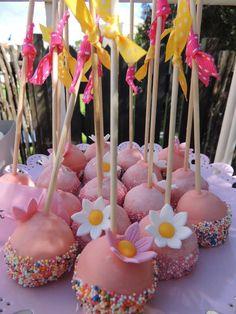Fancy Nancy Cake Pops