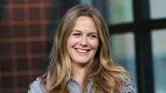Alicia Silverstone Is Dating Again & Finds It 'Very Fascinating' – SheKnows Alicia Silverstone, Long Hair Styles, Dating, Holidays, Beauty, Books, Beleza, Livros, Quotes