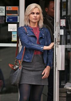 Rose McIver - On the Set of