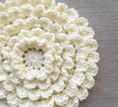 Crochet Flowers Pattern Crochet Flower Pattern PDF (The Neverending Zinnia Crochet Pattern by Little Monkeys Crochet) flower - Crochet Puff Flower, Bag Crochet, All Free Crochet, Crochet Flower Patterns, Love Crochet, Crochet Motif, Beautiful Crochet, Crochet Crafts, Crochet Flowers