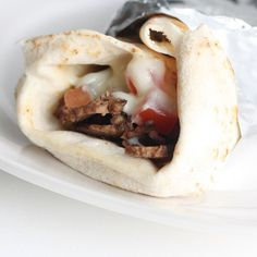 Donair spice and sauce recipes: If you've been to Halifax, or know someone from here, you've probably heard of a donair or have had one forced upon you in a drunken late-night feast. While the origins of the donair a… Donair Meat Recipe, Donair Sauce, Halifax Donair Recipe, Sauce Recipes, Meat Recipes, Cooking Recipes, Hamburger Recipes, Recipies, Drink Recipes