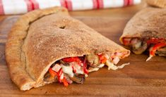 Family style calzone from Stefano Faita -- Kids favorite mains episode Pizza Recipes, Side Dish Recipes, Snack Recipes, Dinner Recipes, Cooking Recipes, Great Recipes, Favorite Recipes, Yummy Recipes, Pizza