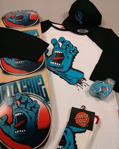 Screaming hands everywhere ! @santacruzskateboards #skateboard #skateboarding #skate #screaminghand #santacruz #goodies #oldschool #vintage #streetwear #fashion #bestbuy #deal #deals #paris #shop #shopping