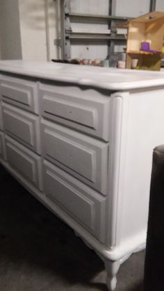 white dresser ready for teal update...