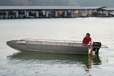 Fishing Boat rentals available from Conley Bottom Resort to enjoy the day on Lake Cumberland!