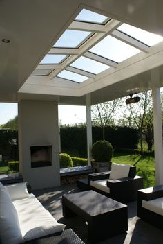 Pergola Over Front Door Key: 6158188034 Interior Exterior, Exterior Design, Home Interior Design, Outdoor Rooms, Outdoor Living, Outdoor Decor, Patio Fan, Parrilla Exterior, Plafond Design