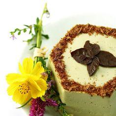 Matcha Green Tea Mascarpone n Dark chocolate Cake Recipe Desserts with matcha green tea powder, milk, mascarpone, cream, caster sugar, powdered gelatin, chocolate cake