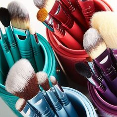 The Best Cheap Makeup Brushes: 5 Affordable Brands That Work | StyleCaster