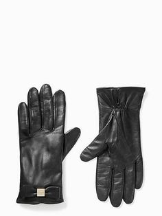 stay warm, and, more importantly, never miss a text or a photo opp thanks to these tech-friendly gloves. Best Gifts For Mom, Instagram Outfits, Leather Gloves, Stay Warm, Color Blocking, Kate Spade, Bows, Purses, Tech