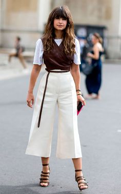 Fall Street Style Outfits to Inspire Fall Street Style fashion week Street Style Outfits, Look Street Style, Street Style 2016, Autumn Street Style, Culottes Street Style, Summer Street Styles, Summer Street Fashion, Paris Street Style Summer, Street Chic
