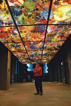 Dale Chihuly …still want to lie on the floor under these and commune with shape & color!