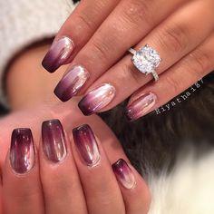2,377 отметок «Нравится», 21 комментариев — Riya's Nails Salon (@riyathai87) в Instagram: «Ombré chrome ✨»